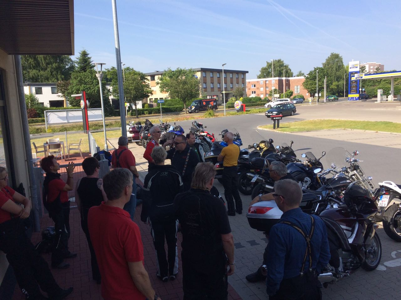 Start 22.06.17 in Wunstorf mit 17 Motorrädern